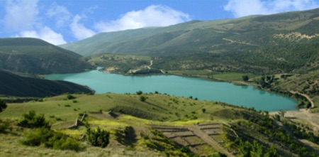 Valasht Lake a lake in the south west of the city Chalus And in the northeast Kelardasht