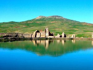 Takht-e Soleyman - Iran UNESCO